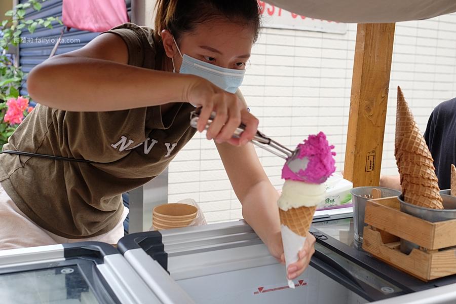 海莉冰店。一年只賣2個月,神祕腳踏車冰淇淋限時2小時搶光、大排長龍只為搶吃這一支! @蹦啾♥謝蘿莉 La vie heureuse