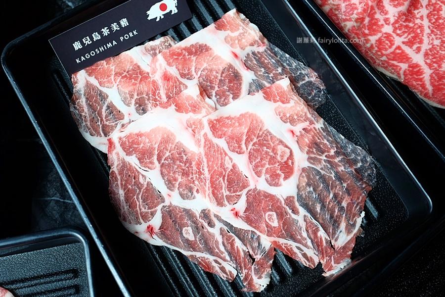 台北火鍋 | Beef King/信義旗艦店日本頂級A5和牛鍋物放題。網友喻:此生吃過最好吃的和牛,不可思議超高CP值,老闆真的失心瘋! @蹦啾♥謝蘿莉 La vie heureuse