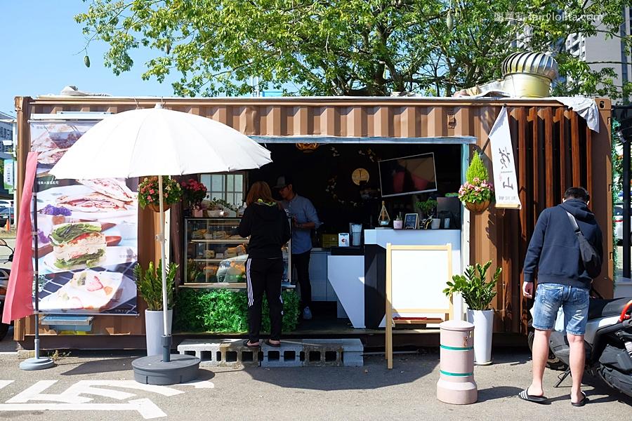 DSCF5853 - 橫山銘製三明治專賣店 | 讓草莓控都失心瘋,近期爆紅超爆餡三明治,每天限時限量3小時就完售!