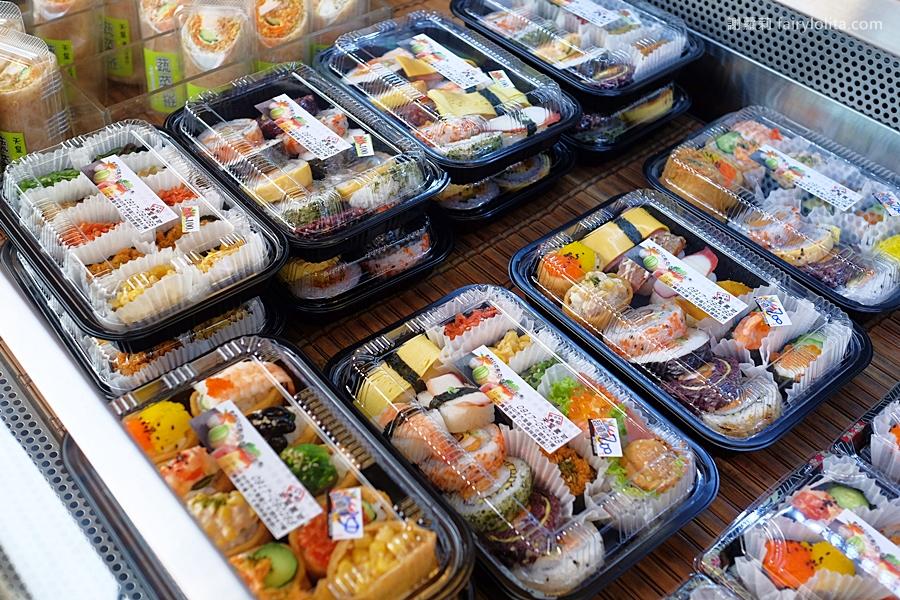 DSCF7521 - 天皇壽司 | 低調隱藏傳統菜市場,還沒打烊全部被搶光!