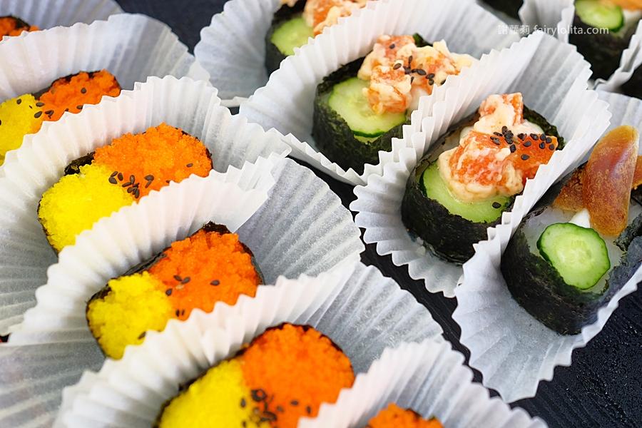 DSCF7532 - 天皇壽司 | 低調隱藏傳統菜市場,還沒打烊全部被搶光!