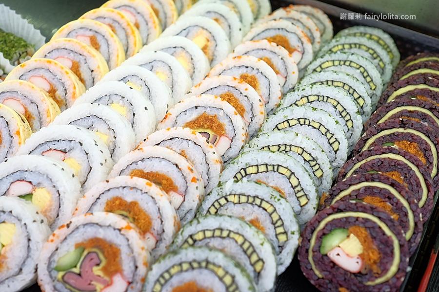 DSCF7535 - 天皇壽司 | 低調隱藏傳統菜市場,還沒打烊全部被搶光!