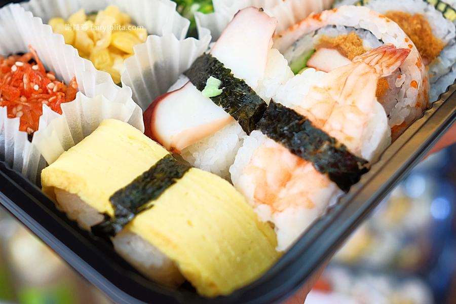 DSCF7553 - 天皇壽司 | 低調隱藏傳統菜市場,還沒打烊全部被搶光!