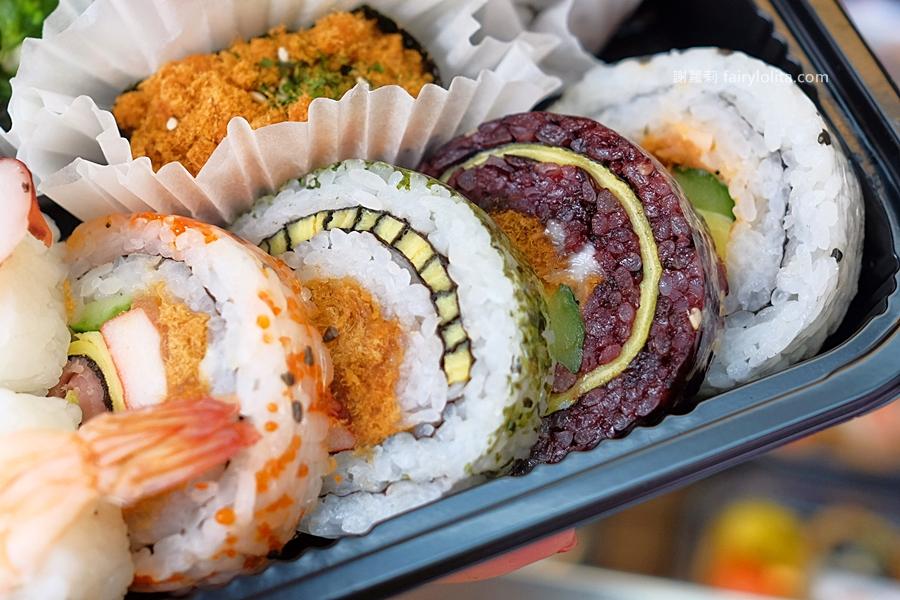 DSCF7554 - 天皇壽司 | 低調隱藏傳統菜市場,還沒打烊全部被搶光!