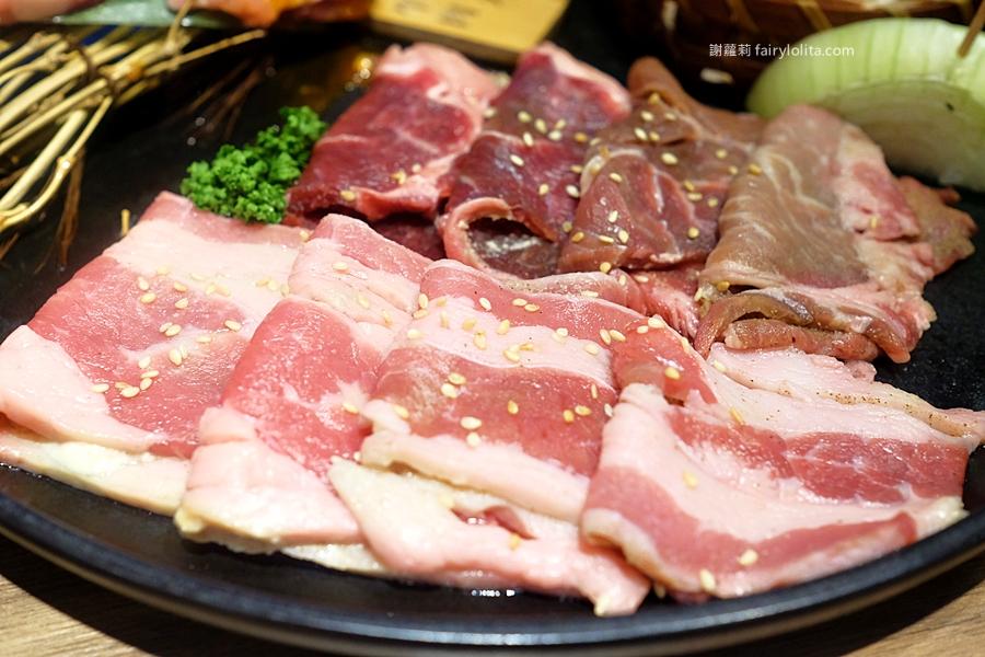 Piggy Stone 小豬樂石韓式烤肉。挑戰全台最便宜韓國烤肉吃到飽,超高CP值、1人320元還有找! @蹦啾♥謝蘿莉 La vie heureuse